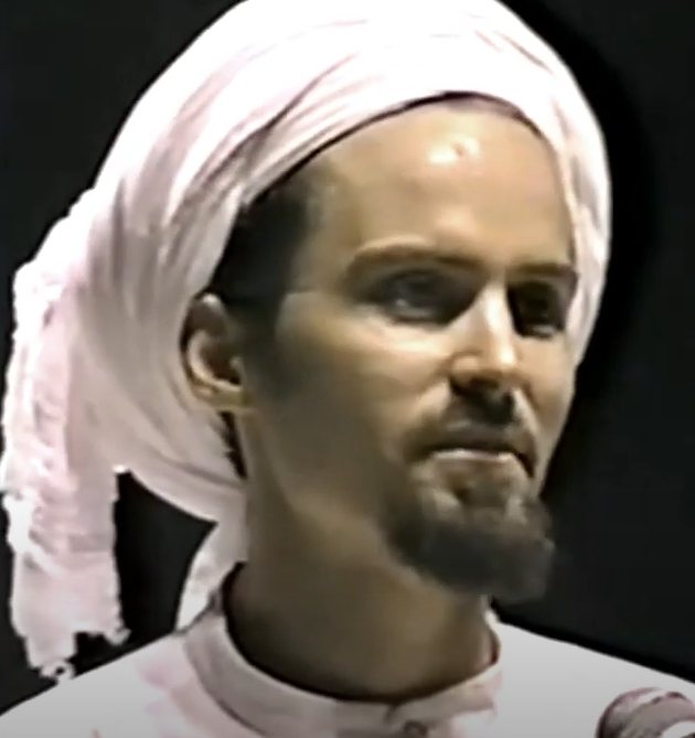 Shaykh Hamza Yusuf : How Modern society is Affecting Believers in a Negative Way