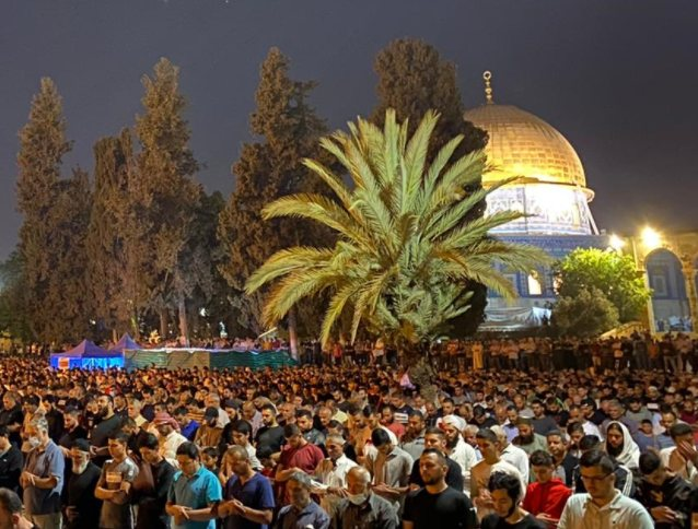 75,000+ worshippers at Al-Aqsa Mosque during holiest night of Ramadan, Laylat al-Qadr